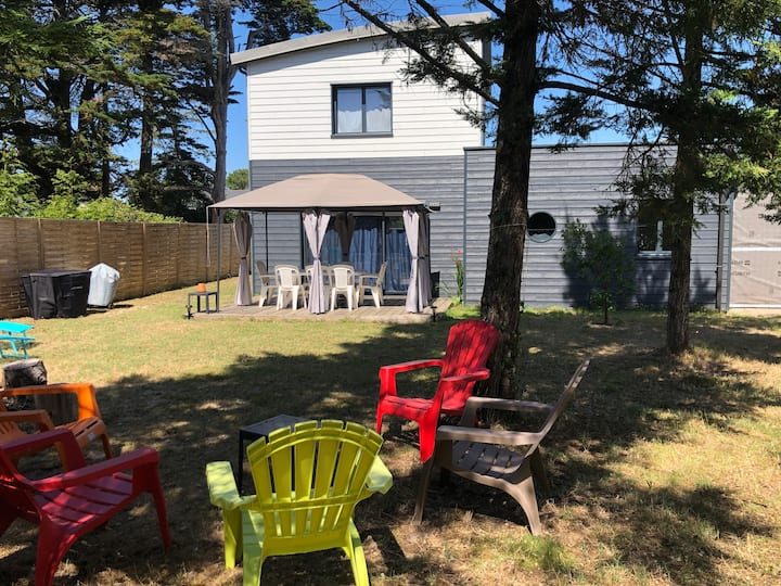 Maison 8 places avec jardin à 100m de la plage