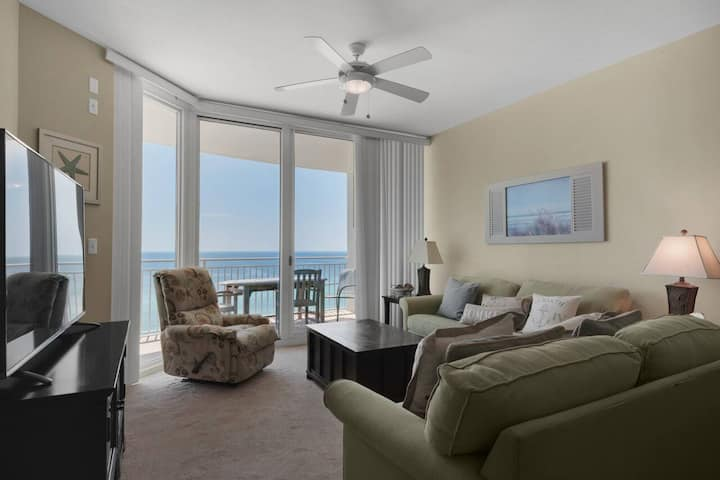 New! Aqua Resort 3 Bed/3 Bath Luxury Gulf Front Condo! Right by Pier Park!