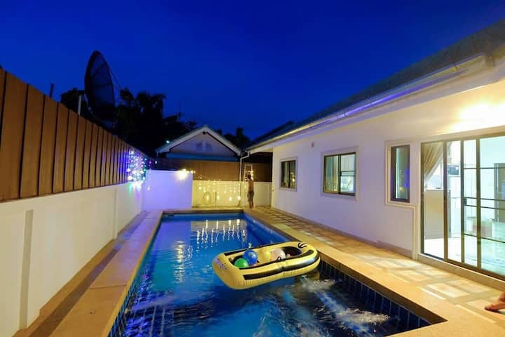 New siam place Pool villa Pattaya Thailand