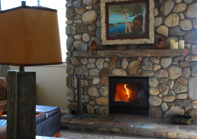 Walk to Village & Gondola 1bd/1ba - Mammoth Lakes - Appartement
