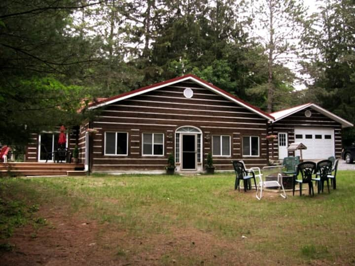 Keeler Road Muskoka Cottage