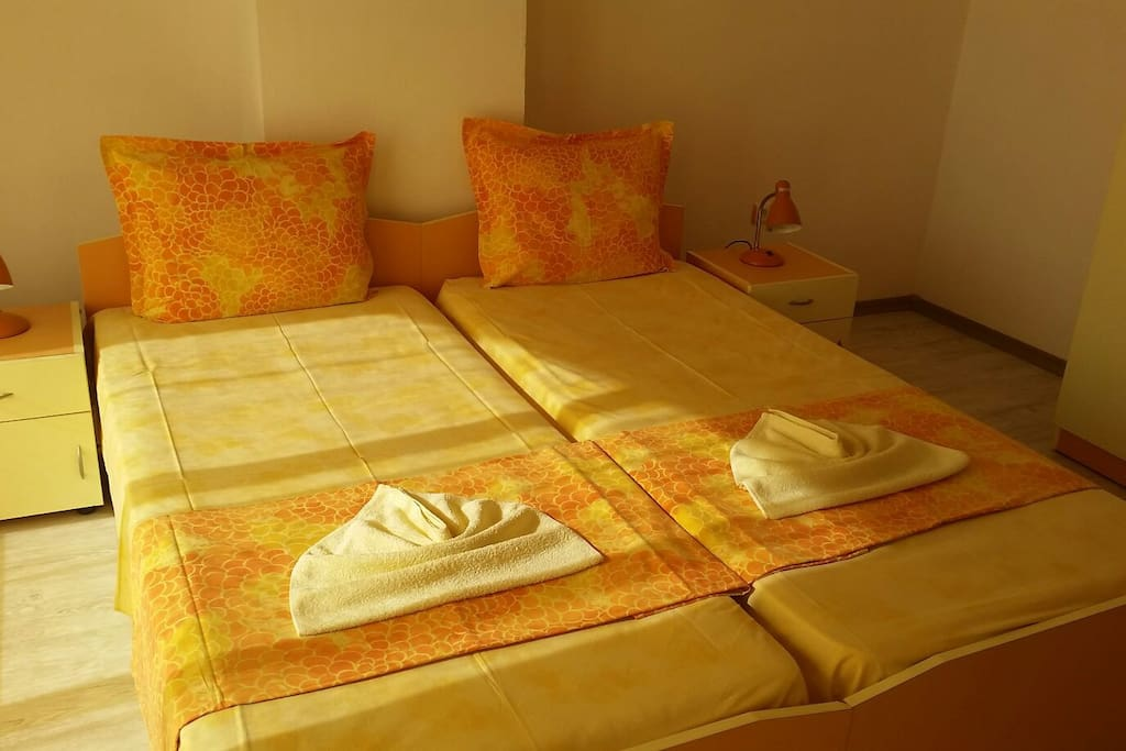 Guest House Dani have 5 rooms everyone for two person with TV<BATHROOM and BALKCONY
