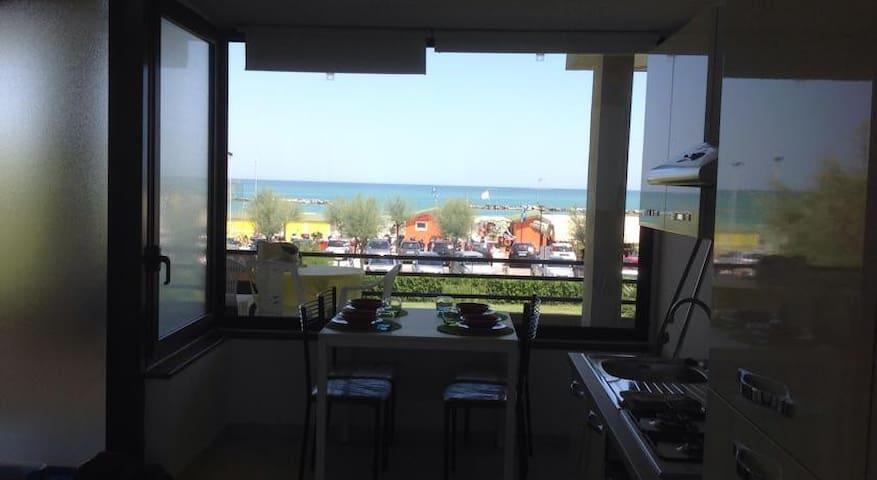 Scirocco - Appartamento fronte mare - Fano - Leilighet