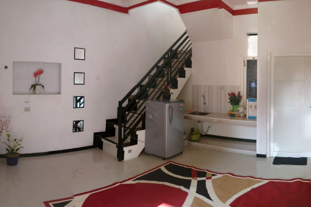 tengah Rumah lantai 1