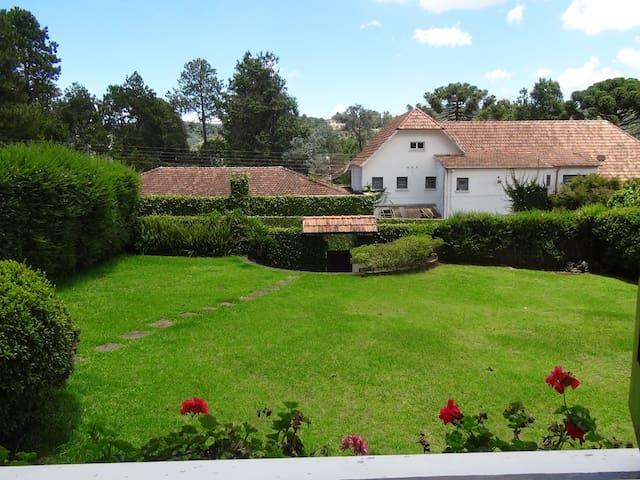 Jardim- Vista da Janela do térreo