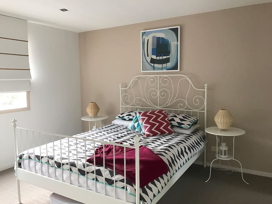 Bright, sunny and large master bedroom with ensuite and walk-in-robe