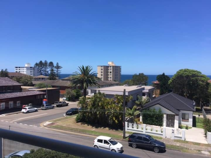 Immaculate ocean views in the heart of Cronulla