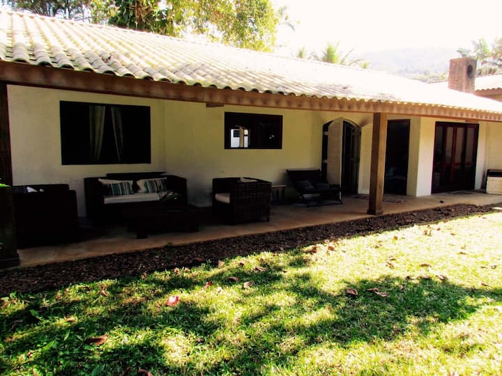 House at Pedra Verde-Lazaro, 200m from the beach