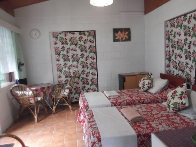 Atupa Orchid Garden Studio