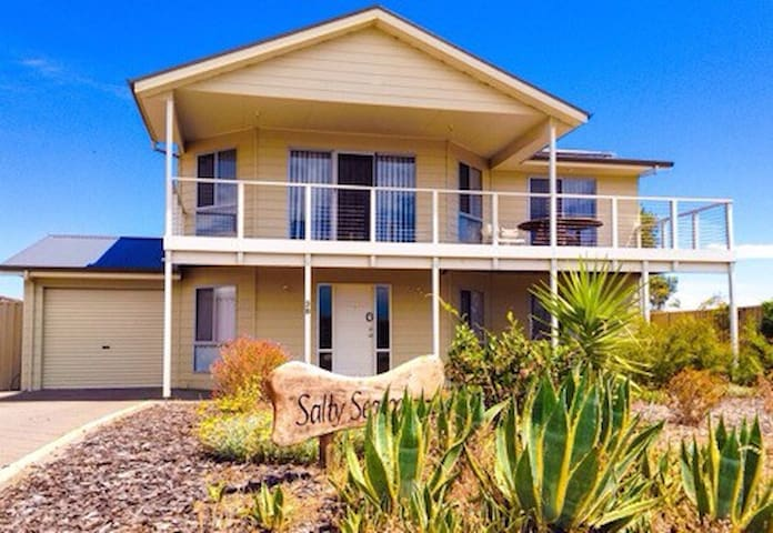 Salty Sea Dog - Normanville - Huis