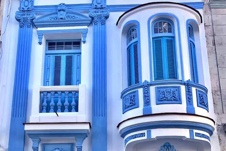Blanc Blue 1924 - Room 7