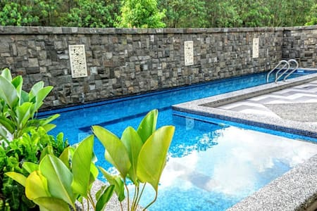 Private Swimming pool house to Legoland and Aeon