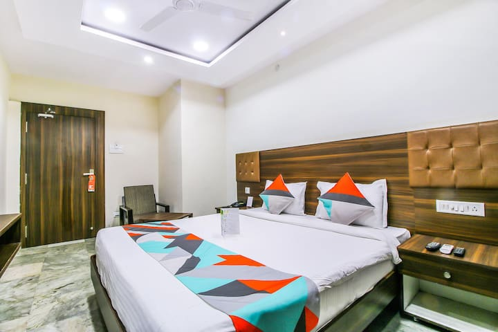Deluxe Stay @Nampally |Hyderabad |