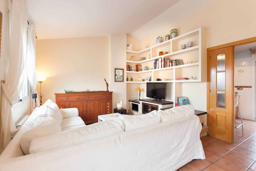 Apartment it is an apartment with large terrace with for Apartment terrace furniture