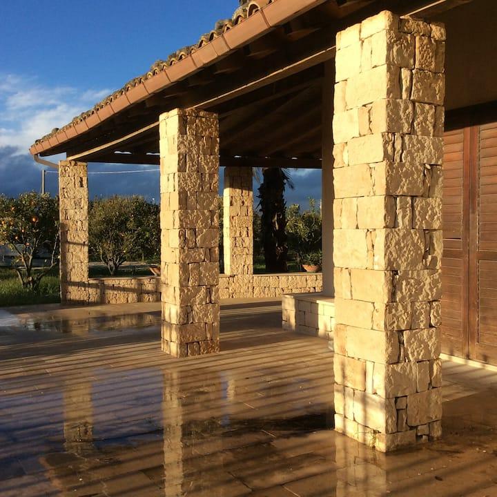 Villa Santatresa, al centro Sicilia Sud-Est Flat 1