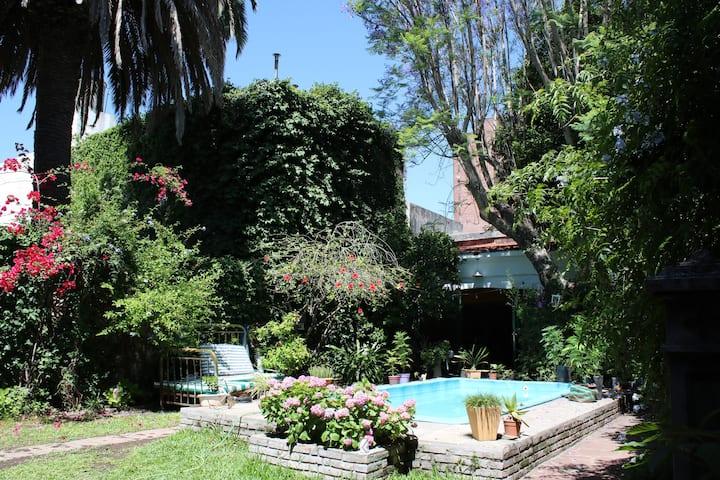 Habitación privada en el corazón de San Fernando