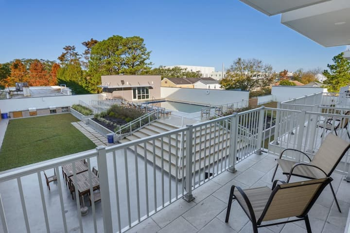 SAXONY 2br w/ POOL! Bywater's Best 2br - 317