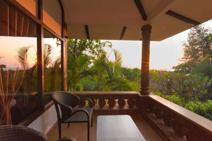 Kundapura Homestay: Sea Facing Earth Cottage