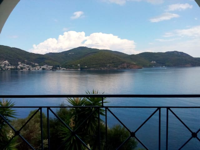 Eleana's Home Amazing Sky&Sea View - Poros - House