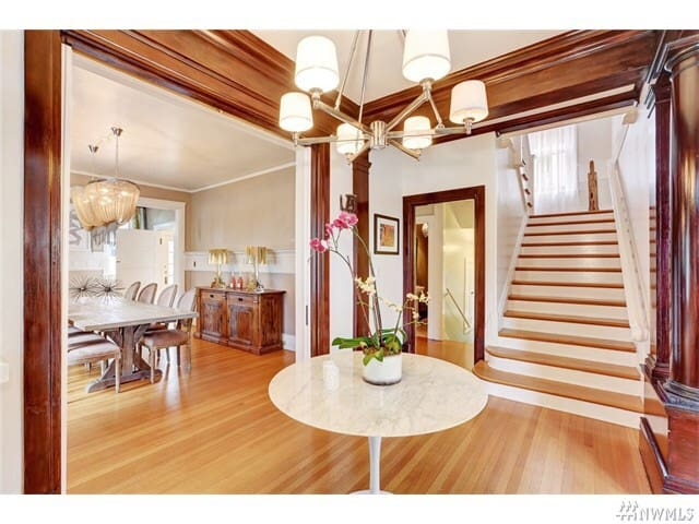 Private Suite/Bath/Kitchen in Lovely Historic Home - Tacoma - Casa