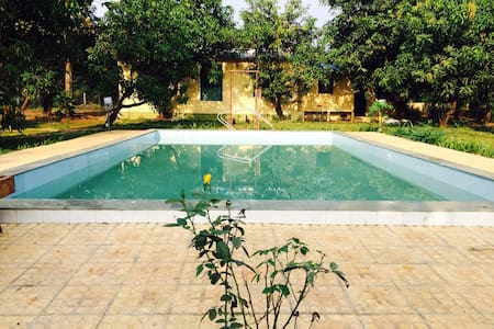 Private swimming pool farmhouse at Karjat - Karjat - Cabana