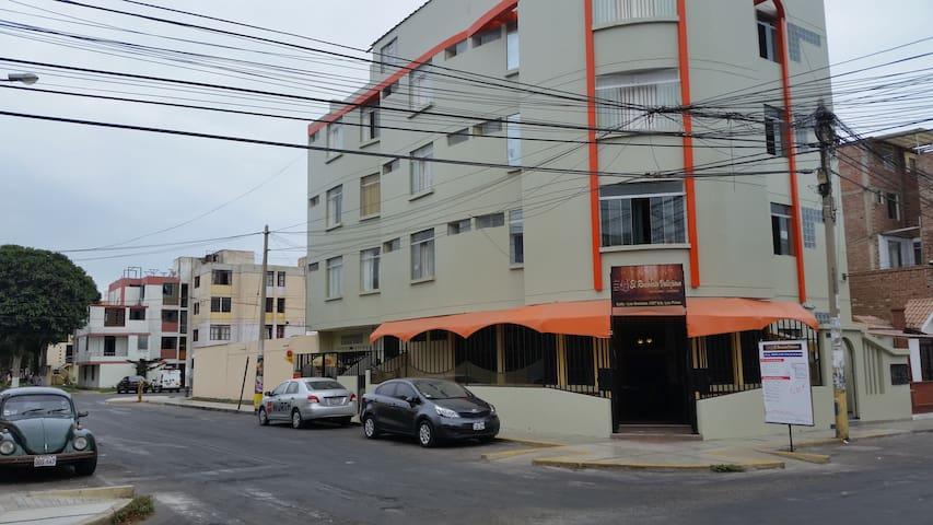 Trujillo: Habitación triple zona Larco-Fatima. - Victor Larco Herrera - Rumah