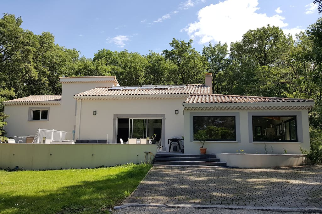 Location Villa Montelimar