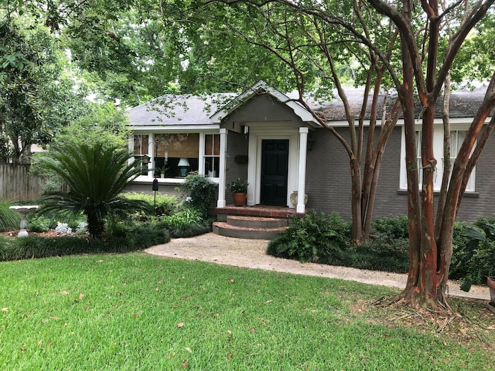 Charming house off of LSU lakes