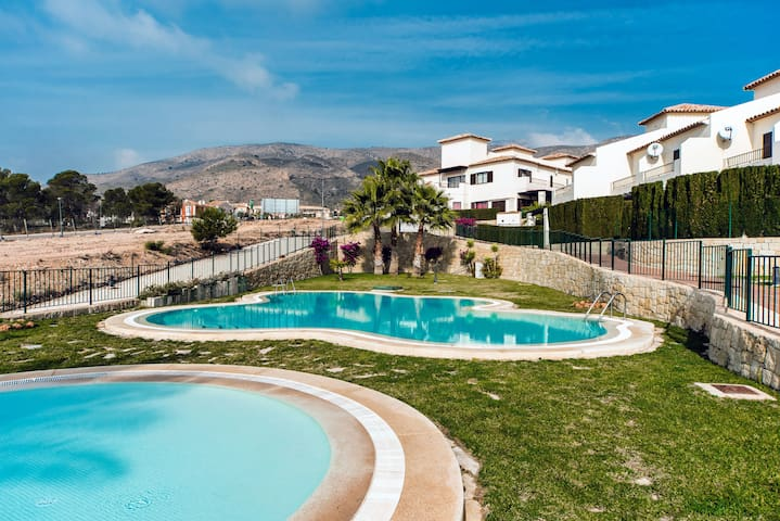 Lovely house close to the beach - Finestrat - Casa