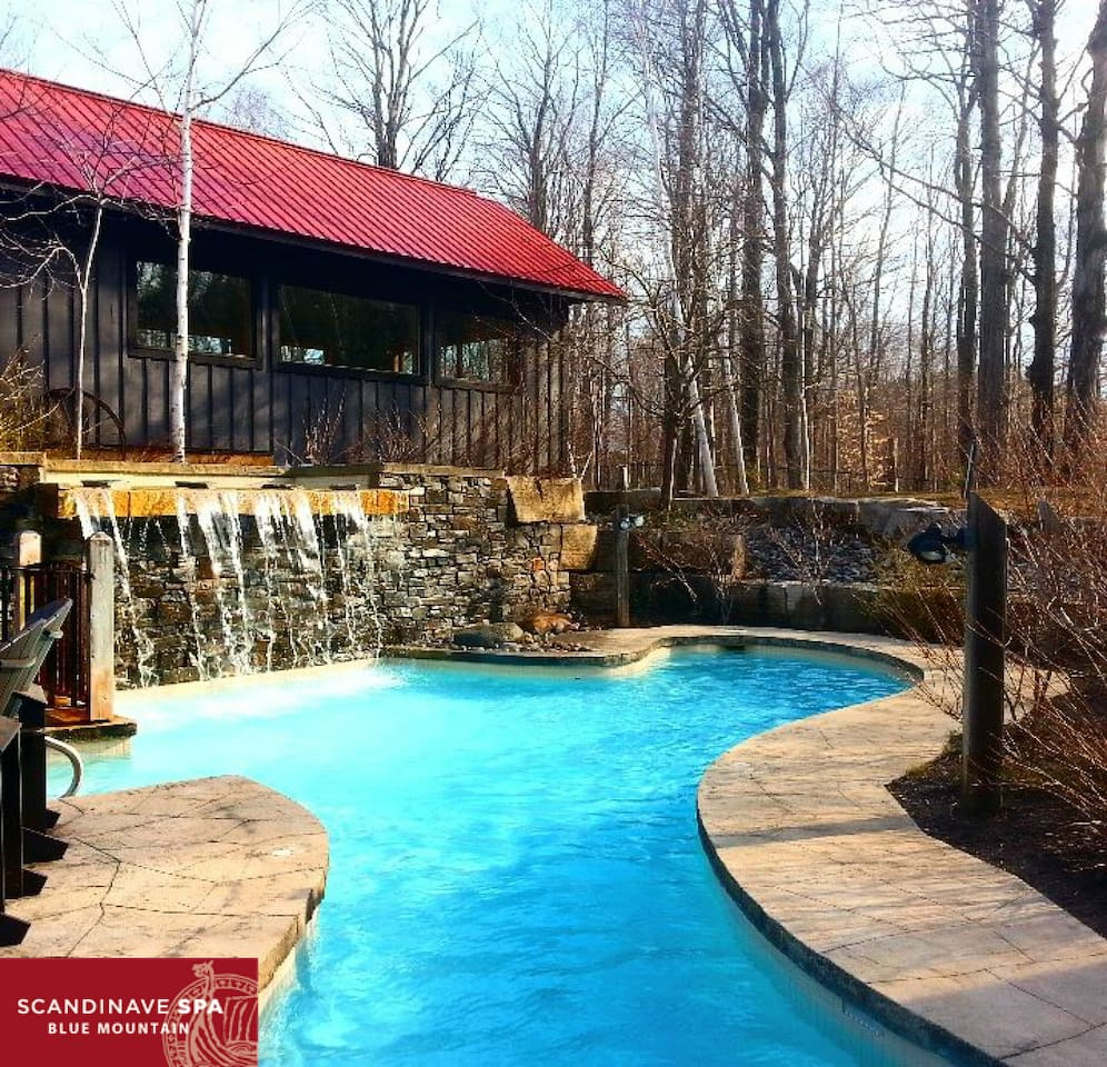 Enjoy Scandinavian baths in a picturesque setting with our spa partner, Scandinave Spa Blue Mountain.