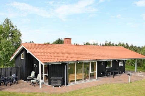 Geräumiges Ferienhaus in Meernähe in Fjerritslev