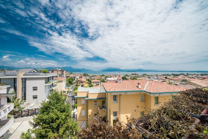 Bright Apartments Desenzano - Cavour Lake view 1