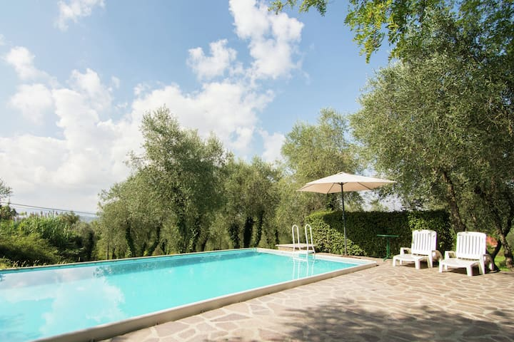 Villa with private garden and private swimming pool on a large estate in Tuscany