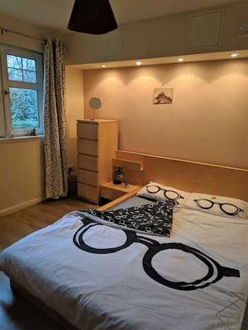 Feels-like-home Haymarket En-suite Bedroom