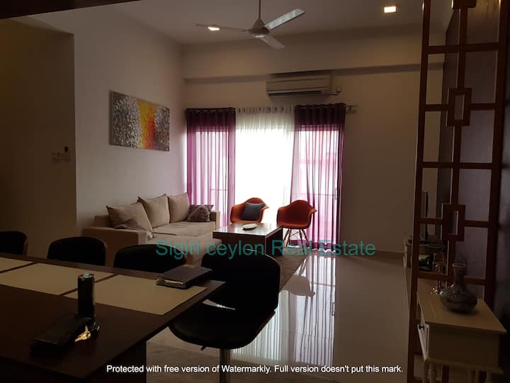 3 bedroom luxury apartment for rent in Nawala