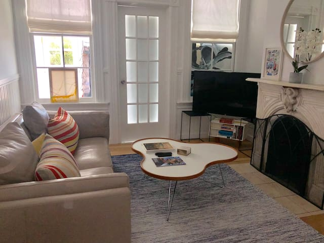 2 Comfy Bedrooms in the Mission