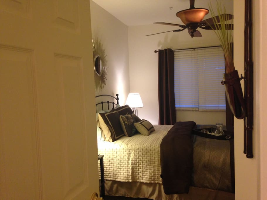 Bedroom connected to bath