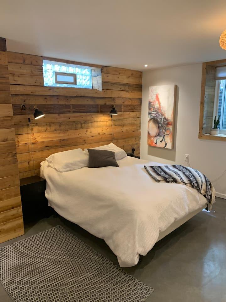 Eco-conscious, Artsy, Garden Level Guest Suite