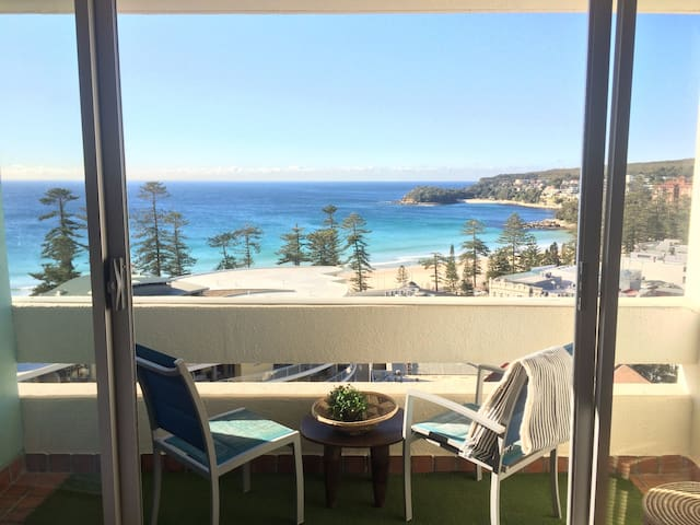 1 Bedroom Surfer's View with Parking in Manly