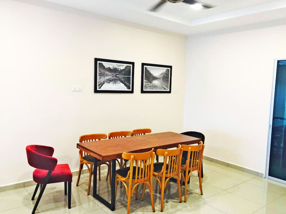 Designer dining table & chairs