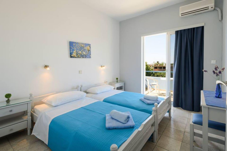 Bedroom (no1)