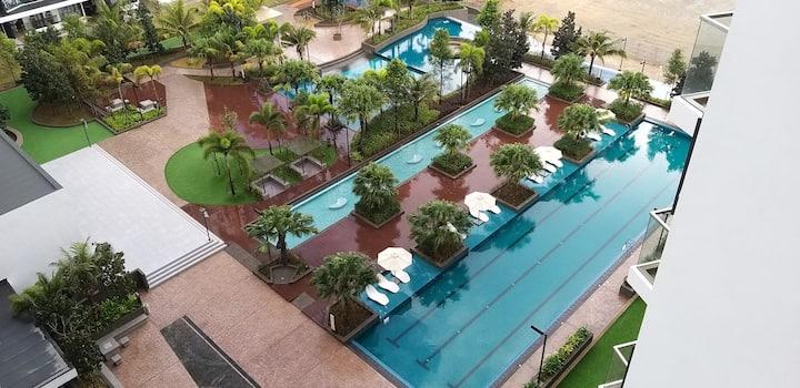 Munchkin - Timurbay Seafront Resort