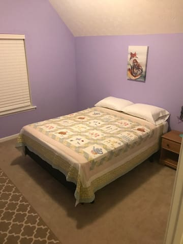 Private, Cozy, Clean room in Ellenwood