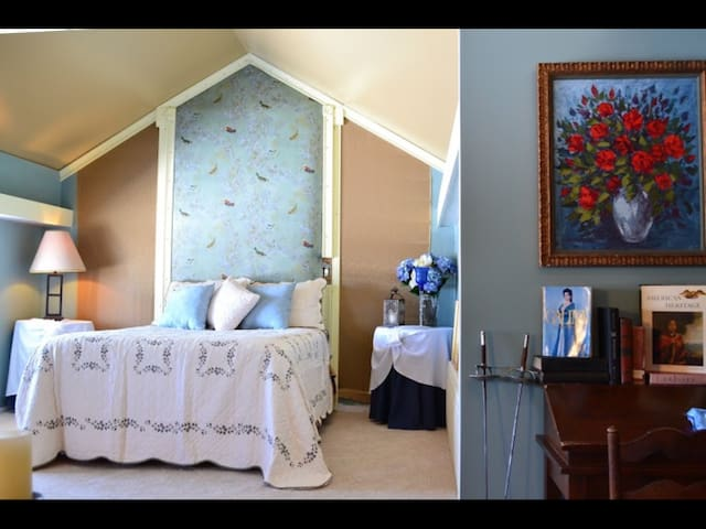 The Grand Galina Suite - Mohawk - Bed & Breakfast