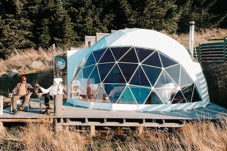 Valley Views Glamping - 'Mt Domett' Geodesic Dome