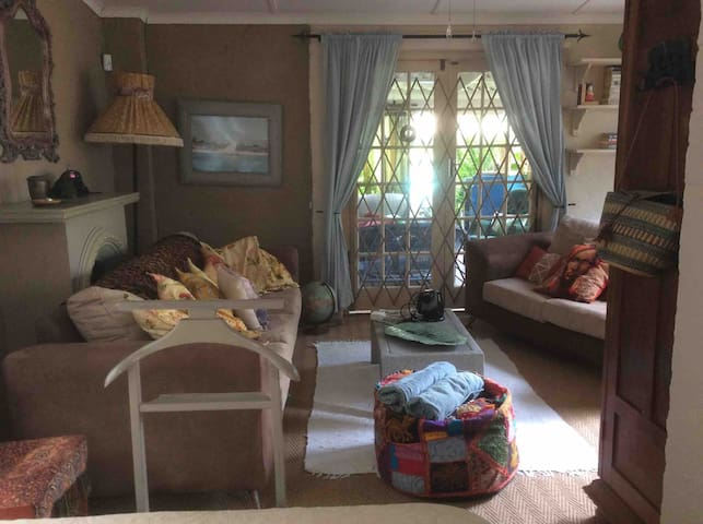 Watersong  - Big Cat double  En-suite + lounge