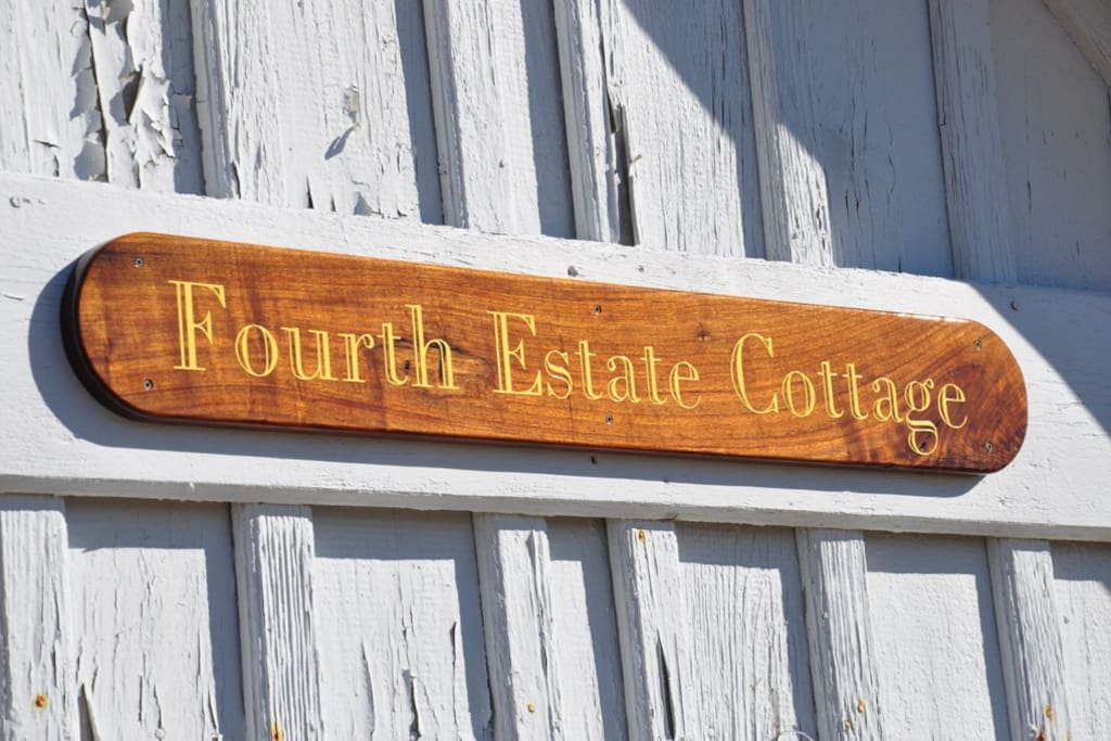 JR19: Fourth Estate Cottage | House Sign