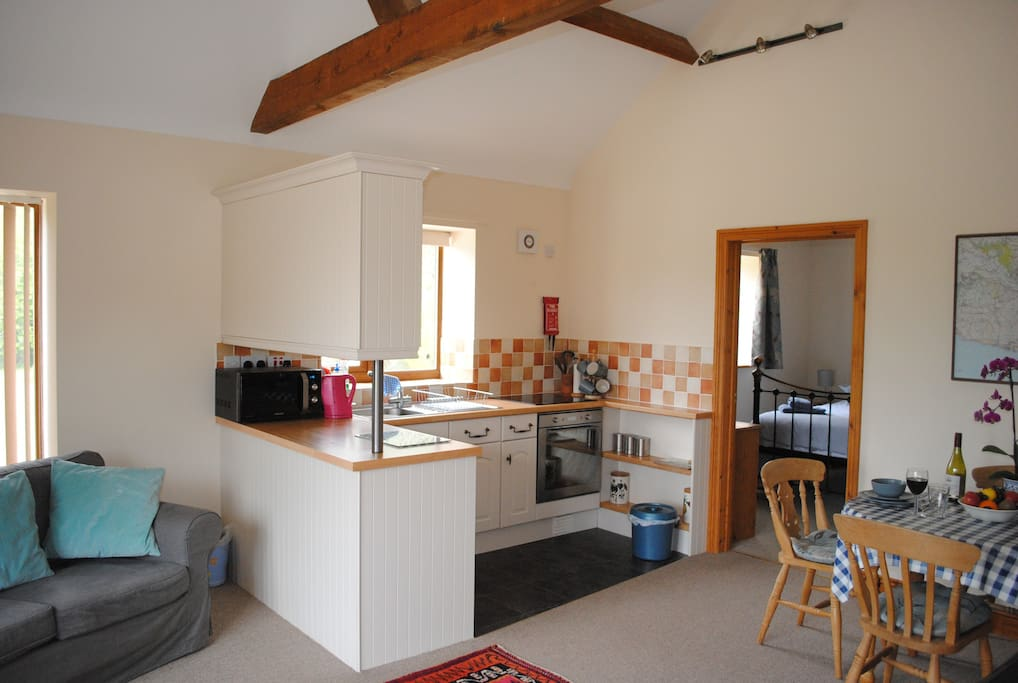 Cherry Barn (1 Bed) sleeps 3 with underfloor heating