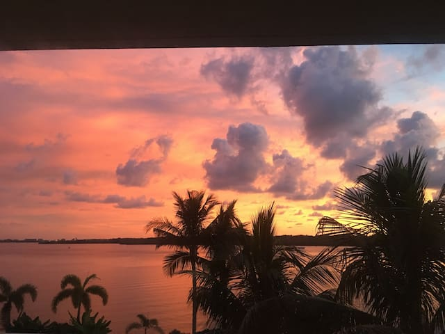 Boca Ciega Bay Studio Condo Waterfront