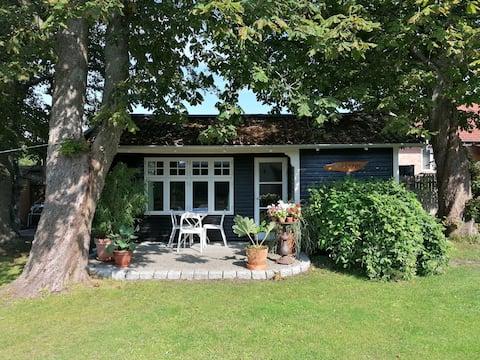 Hyggeligt Gl. Sommerhus på vej til Skagen, i Ålbæk